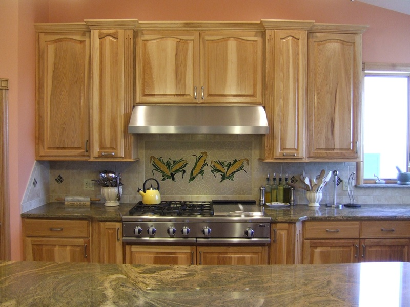 Custom hickory kitchen cabinets for Webs custom kitchen